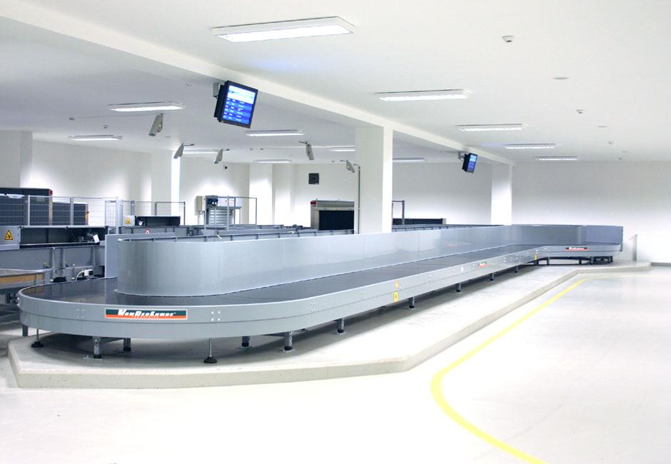 InfoPanels v dopravě / letiště Leoše Janáčka